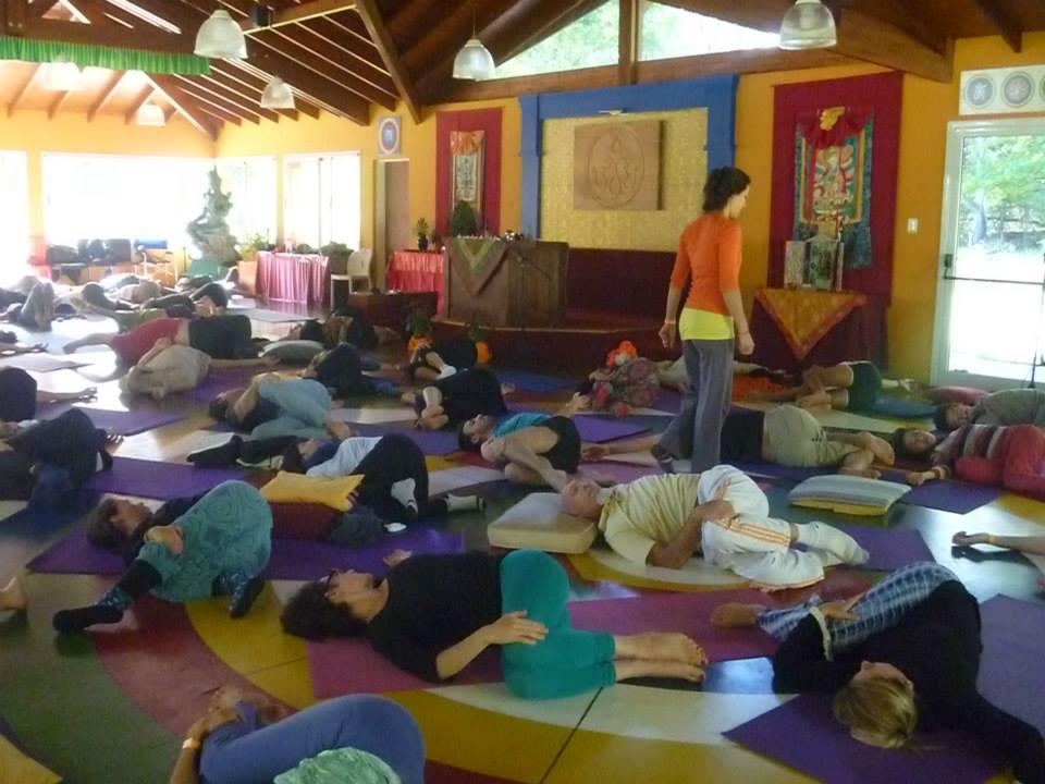 Янтра-йога с Летицией Ресептер в Южном Ташигаре