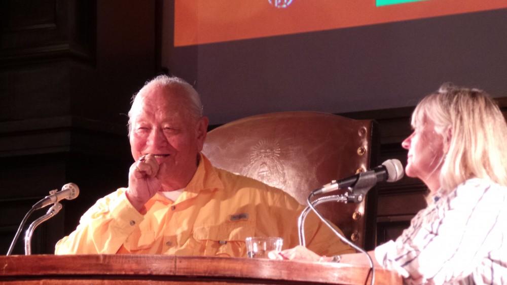 Чогьял Намкай Норбу на публичной лекции в Кордове, Аргентина