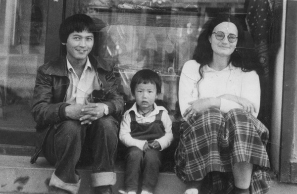 Parents-and-I-in-front-of-their-Dharma-wares-shop-crop600