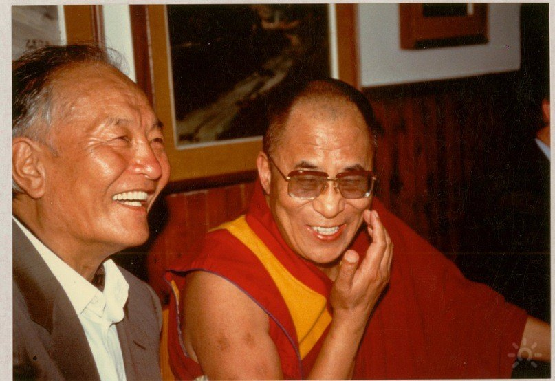 4.-HH-Dalai-Lama-and-Chögyal-Namkhai-Norbu-in-1991-in-Arcidosso-on-the-occasion-of-the-inauguration-of-the-Merigar-Gonpa
