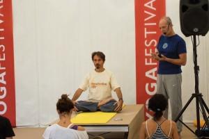 Янтра-йога на фестивале йоги в Риме