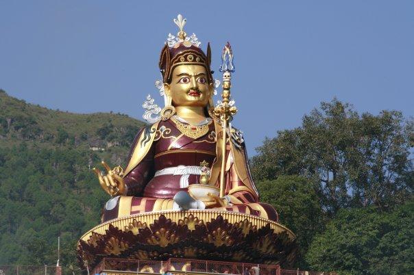 Big-statue-of-Guru-Rinpoche
