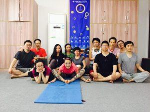 Янтра-йога I и II групп в Самтенгаре, Китай
