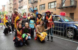 Танцевальный парад Кайта на улицах Нью-Йорка