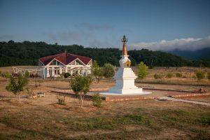 Завершение строительства ступы в Южном Кунсангаре