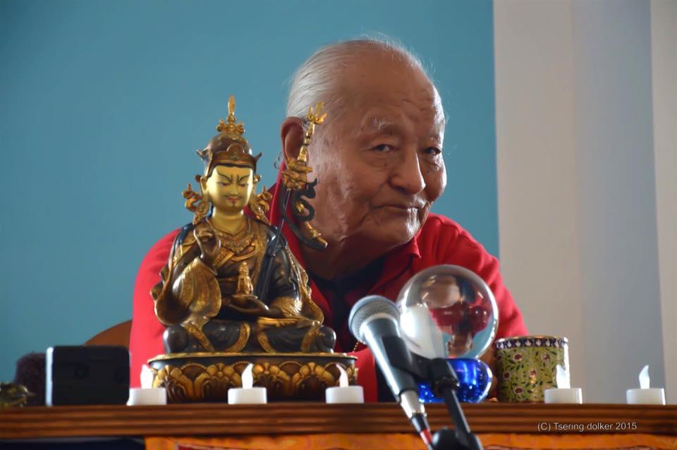 7 декабря 2019 г. мемориальная церемония Чогьяла Намкая Норбу в Институте Дорзонг, Индия