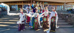 Выступление танцоров Кайты на Лосар в Дзамлинг Гаре
