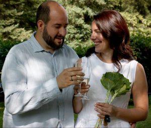 Поженились  – Алехандро Акуна и Норвида Клайгите