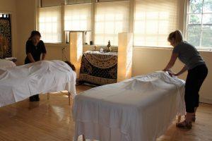 Начало новой программы обучения массажу кунье в Институте Шанг Шунг, США